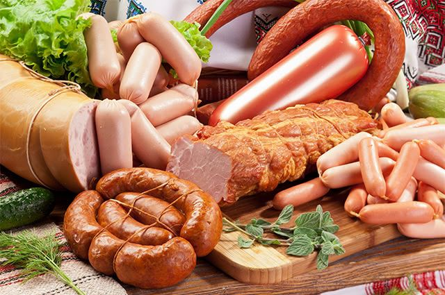 imagem-de-alimentos-embutidos Gordura visceral: o que é e como eliminar