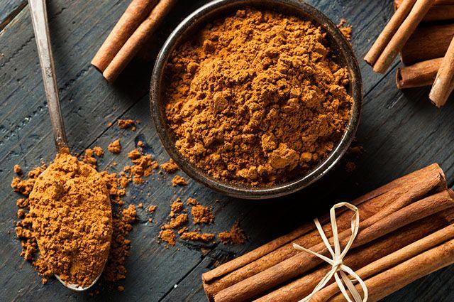 Além de emagrecer, o chá de canela em pó serve para combater insônia e indigestão