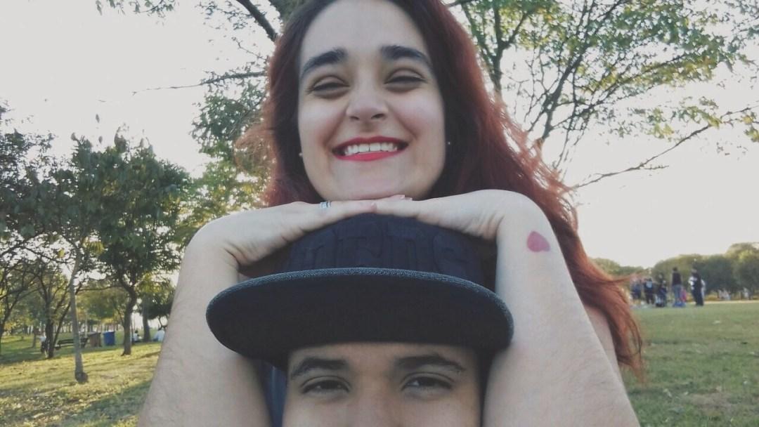 Camila, colunista da Tapa Virtual, com a namorada Aline