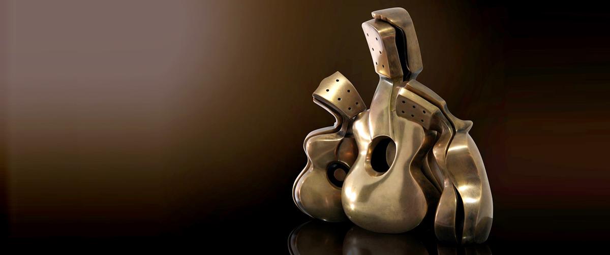 Maternidad - Esculturas de bronce - Escultor Remigio Vidal