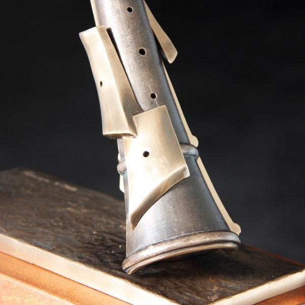 Dolçaina - Escultura de fundición de bronce - Escultor Remigio Vidal 02