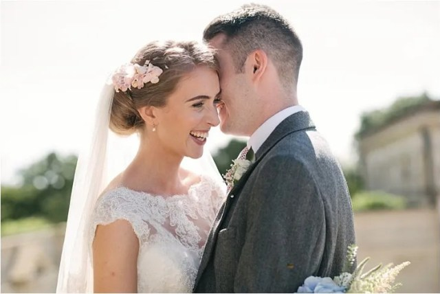 How To Capture Perfect Portraits Of The Bride And Groom When Time Is Essential