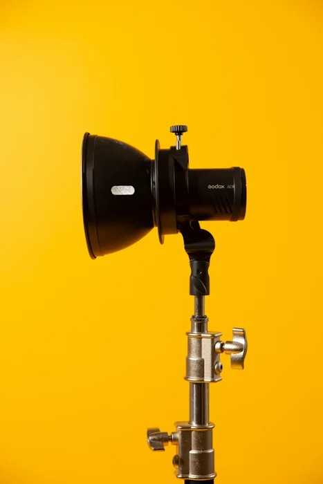 Beginners Guide To Setup Photography Studio: Everything You Need To Know About Spaces For Studio, Studio Photography Equipment, Light Sources, Light Modifiers, Photography Backdrops And How To Setup