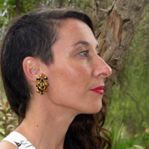 80s cluster gold clip earring - Remix Vintage Clothing