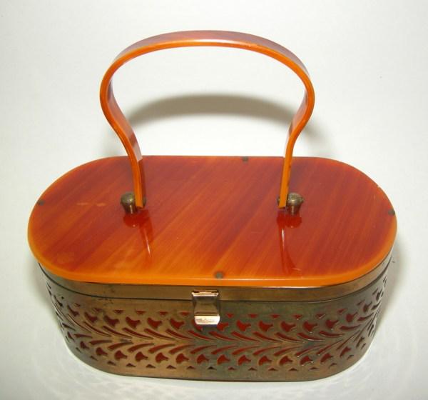 caramel lucite lid handle brass filigree box purse-the remix vintage fashionRemix Vintage Fashion