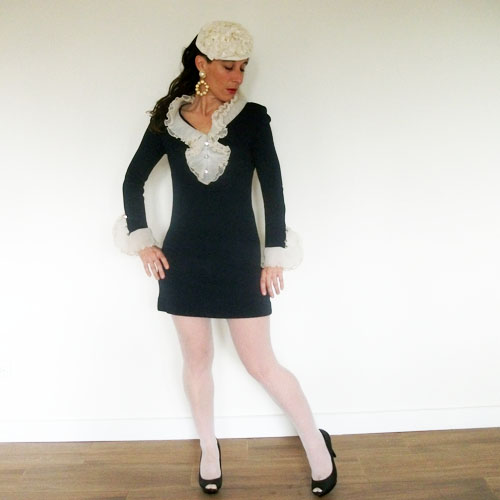 71269f440628 Pie Crust Collar Mini Dress 60s Small | The Remix Vintage Fashion