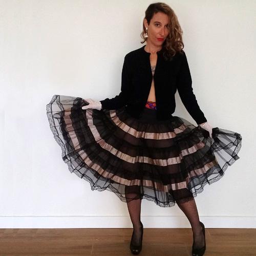 black crinoline tulle rockabilly pinup 50s style-the remix vintage fashion