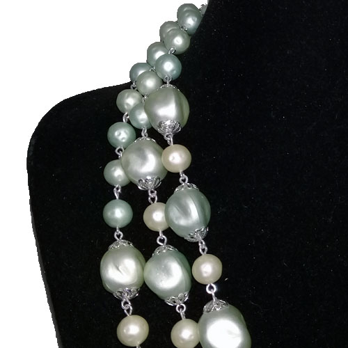 triple strand necklace sea foam blue-the remix vintage fashion