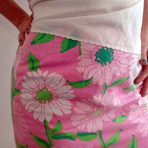 lilly pulitzer skirt pink flowers preppy mod-the remix vintage fashion
