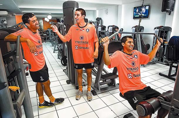 Paulista, Thiago Galhardo e Nata