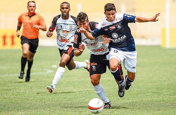 Remo goleia o Corinthians Alagoano