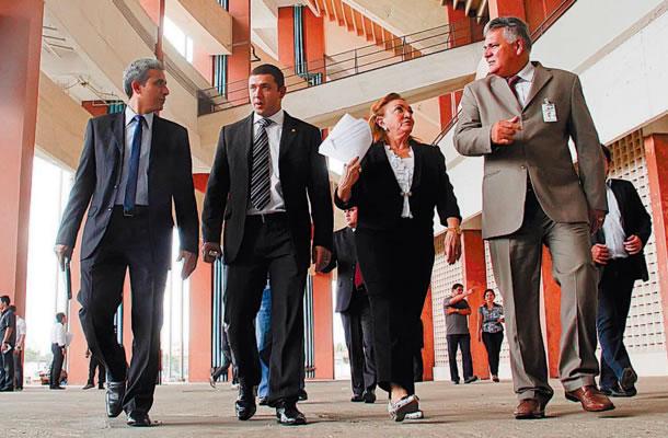 Autoridades do Tribunal de Justiça estiveram no Mangueirão para escolha de locais para os juizados especiais