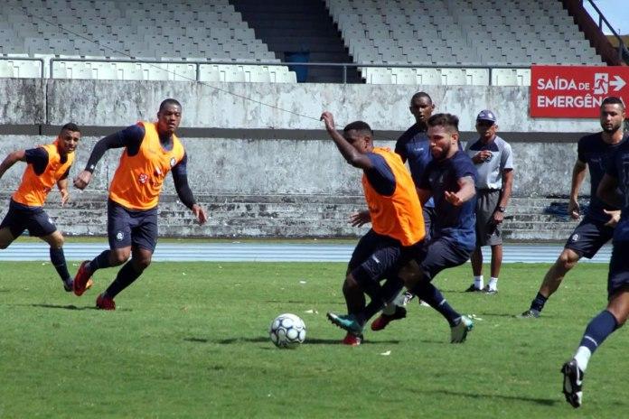 Eliandro, Adenilson, Mimica, Esquerdinha, Givanildo Oliveira e Bruno Maia