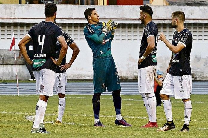 Remo 0x0 Bragantino (Rafael Jensen, Vinícius, Marcão e Douglas Packer)