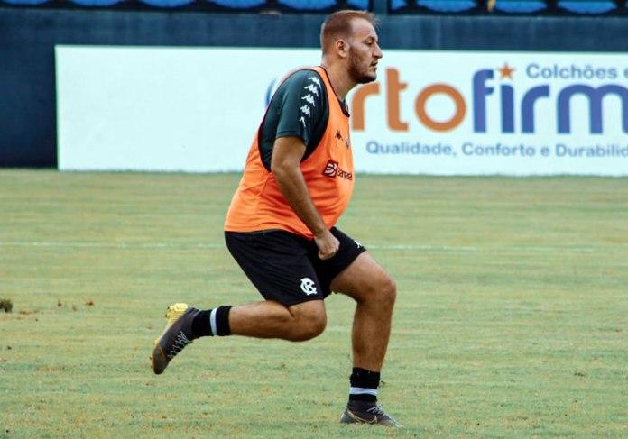 Gilberto Alemão