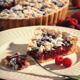 Raspberry Almond Crumb Tart
