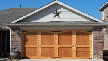 Remodelaholic ugly garage door be gone! carriage door tutorial!