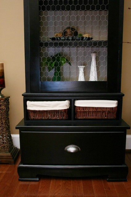 Cabinet updated painted black