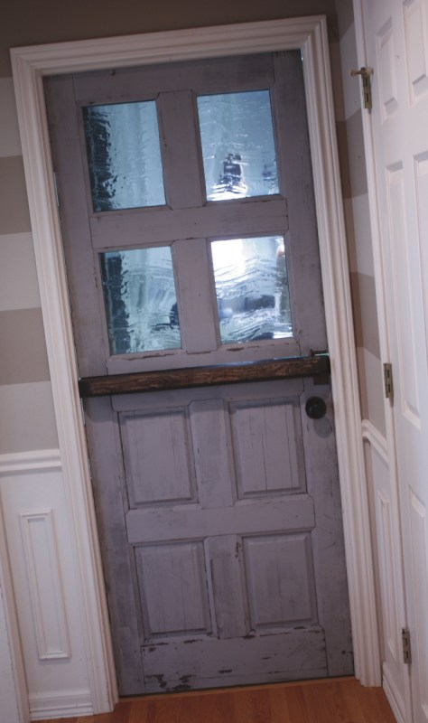 17 Thrifted door remodel tutorial by Its the Little Things featured on @Remodelaholic