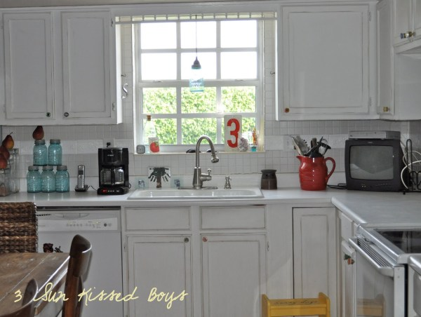 8 Add color to your kitchen on a budget, reclaim old fuses as hardware by 3 Sunkissed Boys featured on @Remodelaholic