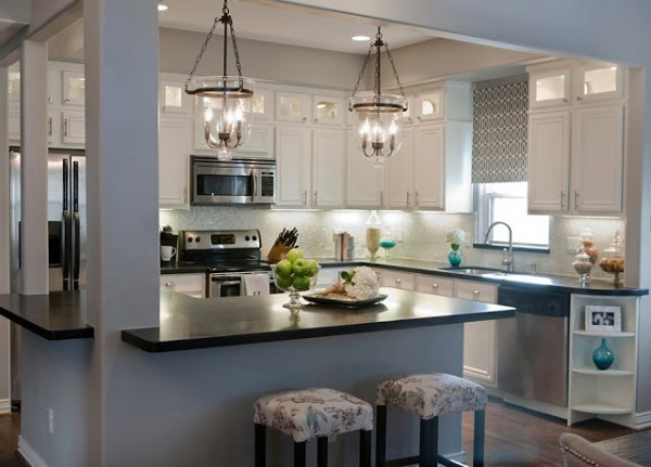Kitchen-updated-cabinets-painted-white-remodelaholic2