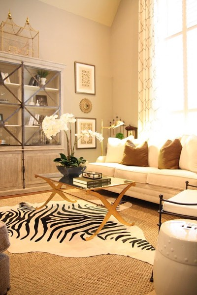 Designing-A-Living-Room-With-Tall-Walls-zebra-pattern-dyed-cow-hide (3)