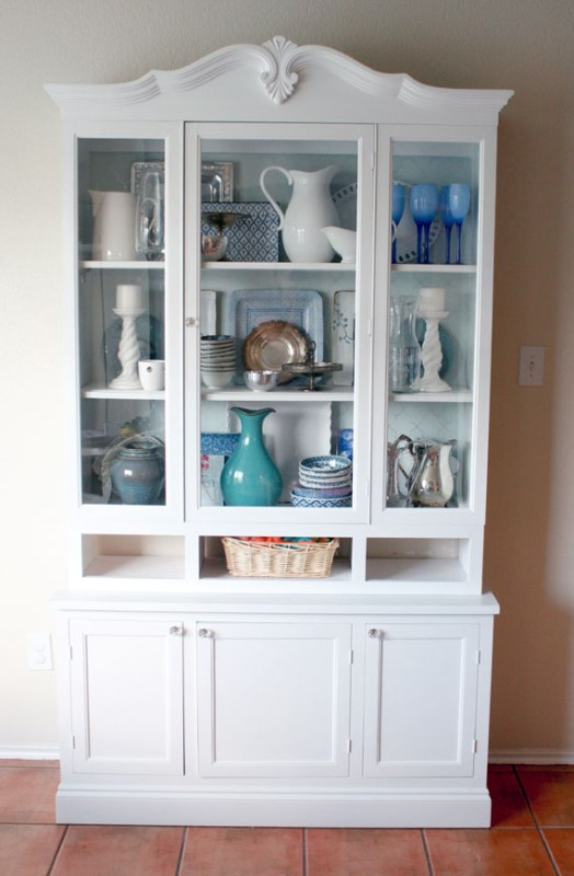Amazing Hutch Makeover By @Remodelaholic
