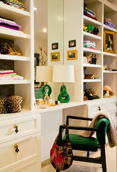 Kelly Green Accent Closet