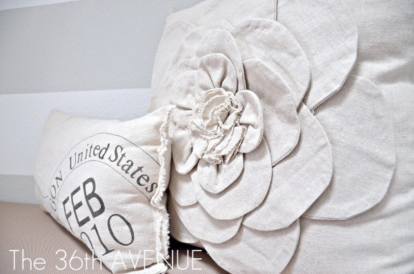 13 DIY Pillows For Reading Nook By The 36th Avenue Featured On @Remodelaholic