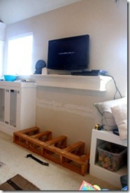 Built-in-storage-project-for-family-room (109)_thumb[1]