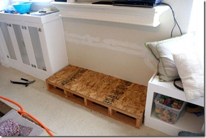 Built-in-storage-project-for-family-room (110)_thumb[3]