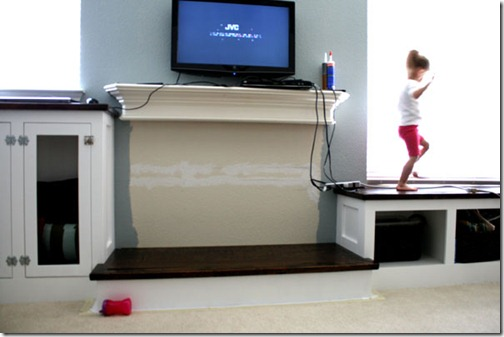 Built-in-storage-project-for-family-room (150)