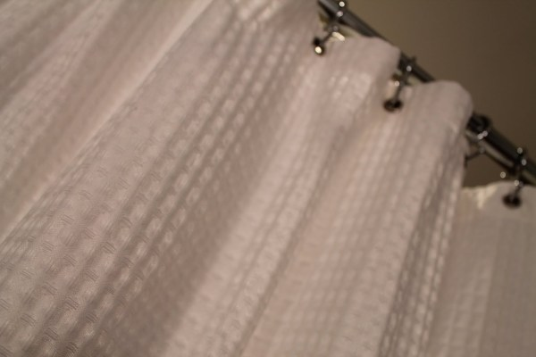 25 Simple shower curtain from Target, by Elizabeth and Co featured on @Remodelaholic