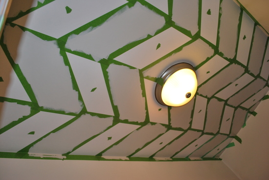 6 Painting a ceiling in a herringbone pattern, by The Sweetest Digs featured on @Remodelaholic