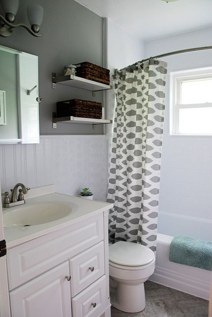 Updating an old bathroom with graoutable peel and stick tiles (8)