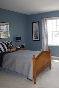 Blue Boys Bedroom-with-chevron-curtains (199x299)