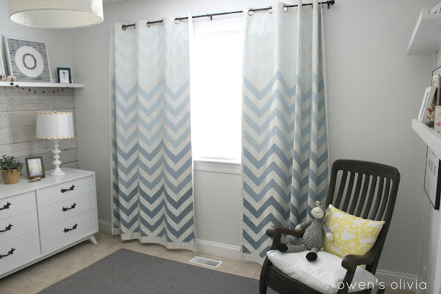 boys-bedroom-grey-nursery-chevron-curtains-remodelaholic.com2