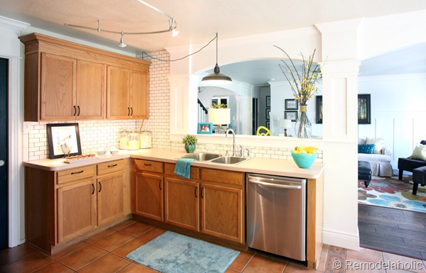 great ideas to update oak kitchen cabinets rh remodelaholic com photos of kitchens with light cabinets photos of kitchens with golden oak cabinets