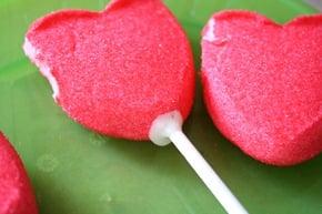 Peep-Pops-valentine-dipped-marshmallows-white-chocolate-sprinkles (6)