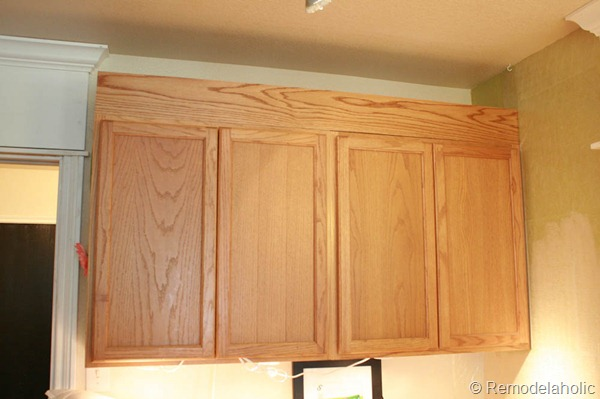 Upgrade Oak Kitchen Cabinets With Crown Moldings-17
