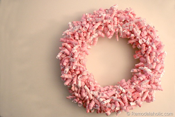 pink-paper-curl-wreath-valentine-wreath-tutorial (14)