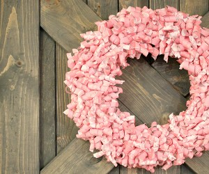 pink-paper-curl-wreath-valentine-wreath-tutorial (17)featured image