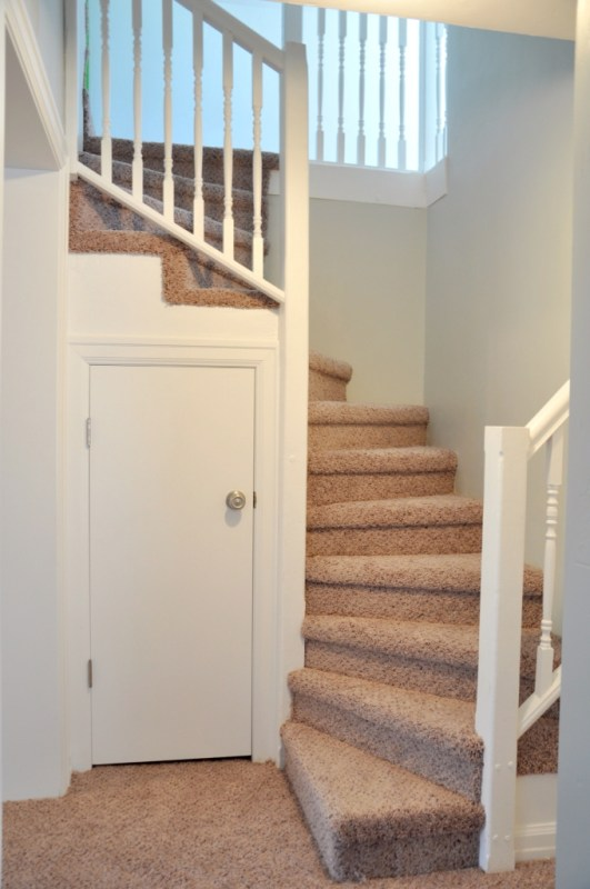 Lindsay & Drew staircase after