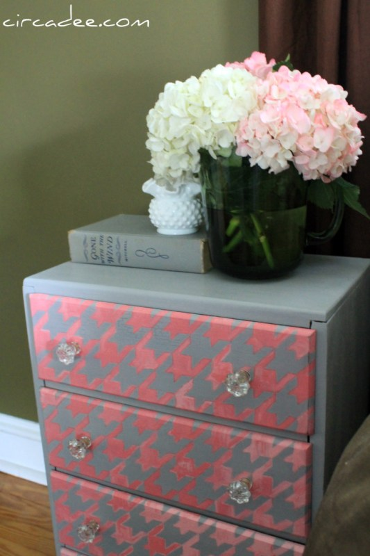 Circa Dee houndstooth painted dresser