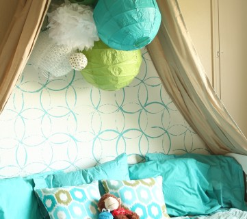 Girls Bedroom with stenciled wall and crown cornice canopy bed blue and green (2)