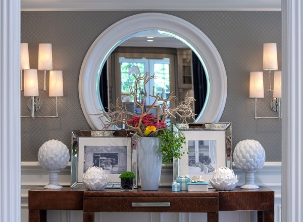 symmetrical console table display