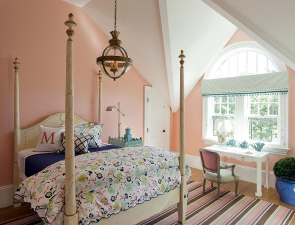 House of Turquoise attic bedroom