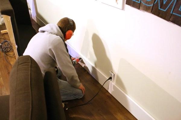 Flooring base boards living room 009