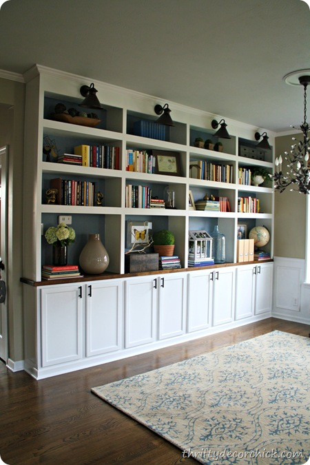 Thrifty Decor Chick library bookcases
