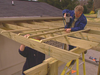 how to build an arbor or pergola